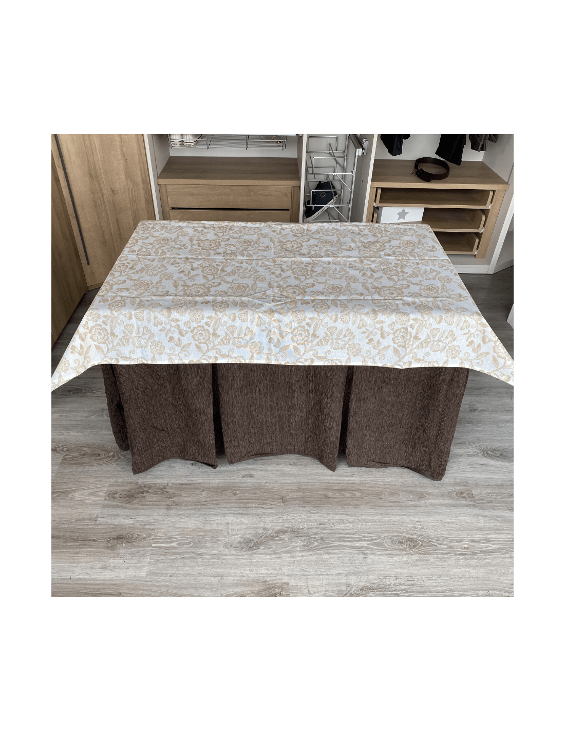 Estantería de madera con 5 estantes
